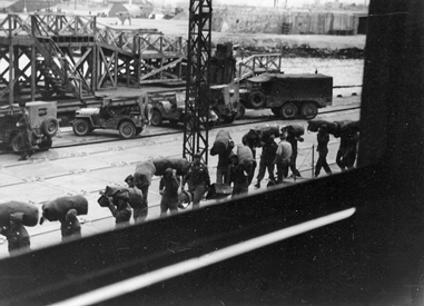 Le Havre, March 1, 1945 the 343rd Infantry disembarking