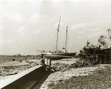 stranded boats, no location given