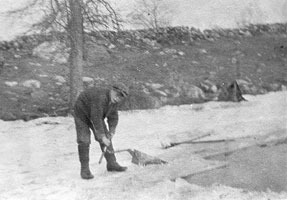 ice harvesting in North Stamford, unknown date and people