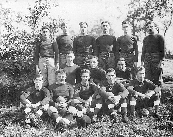 Crescent Football Team, 1918